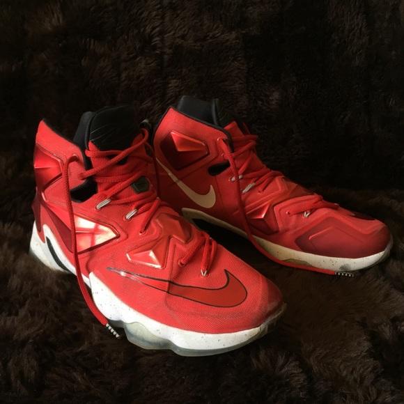 3f4f629d42d Men s NIKE Lebron XIII Basketball Shoe (size 13). M 5b318ab4c61777f945b94cae